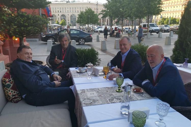 DAN NAKON DODIKOVOG POVRATKA IZ MOSKVE: Novi ustupci Vlade bh. entiteta RS za firmu ruskog oligarha