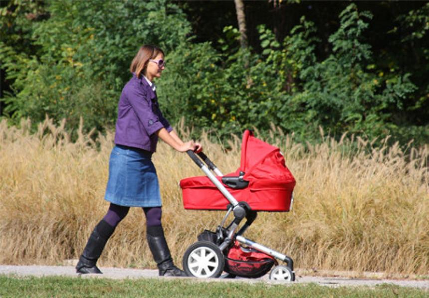 Počela isplata dječijeg i materinskog dodatka