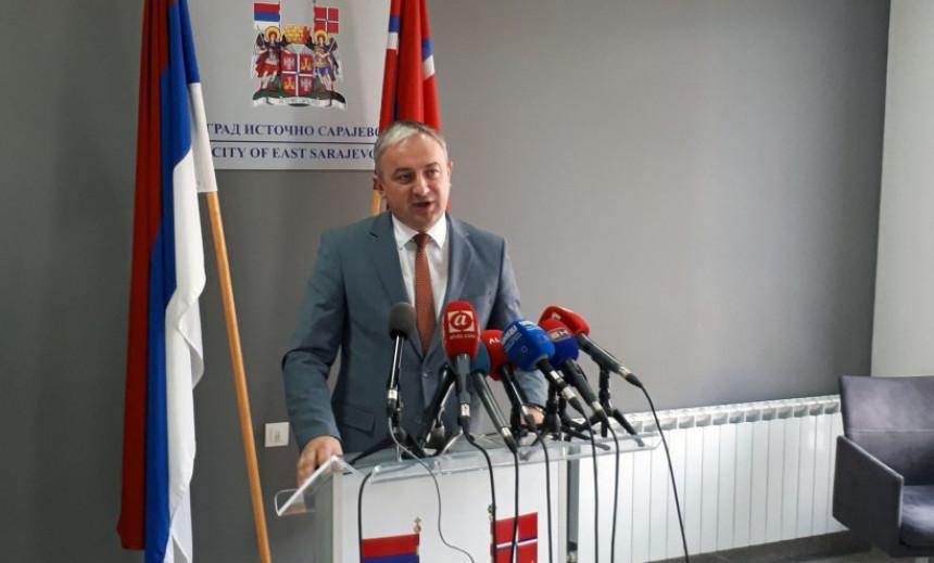 Додикова власт угрозила Српску