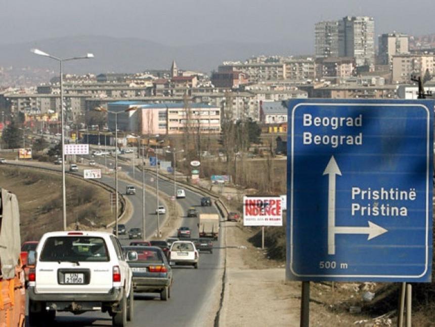 Priština pozvala građane da ne putuje preko Srbije