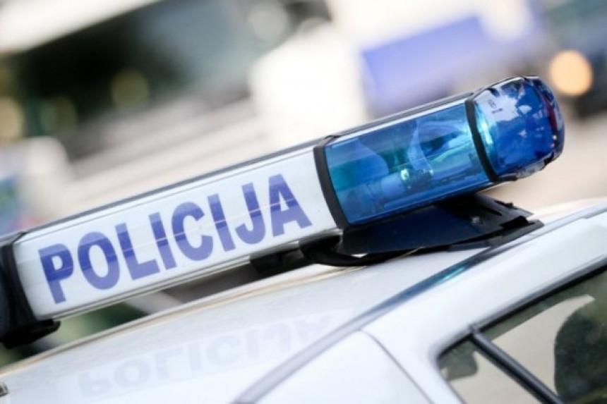 Banjaluka: U dvorište kuće bačena bomba