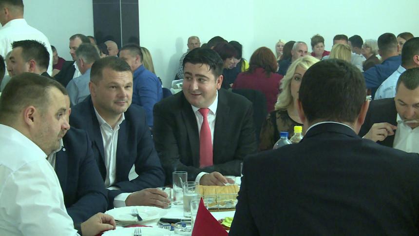 Marković iz PDP-a na skupu SNSD-a