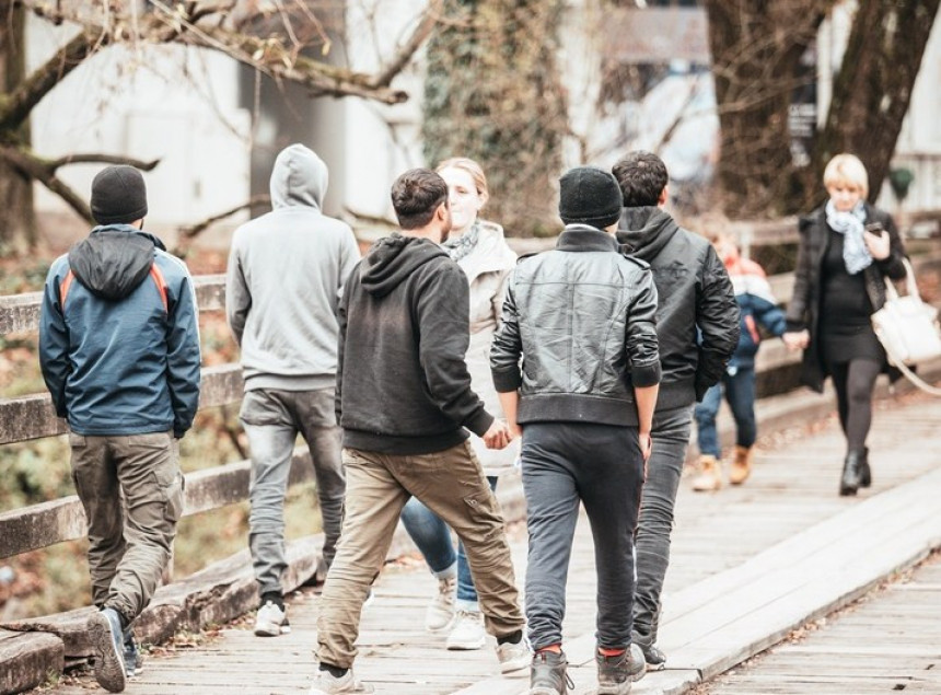 Полиција спровела мигранте у БЛ