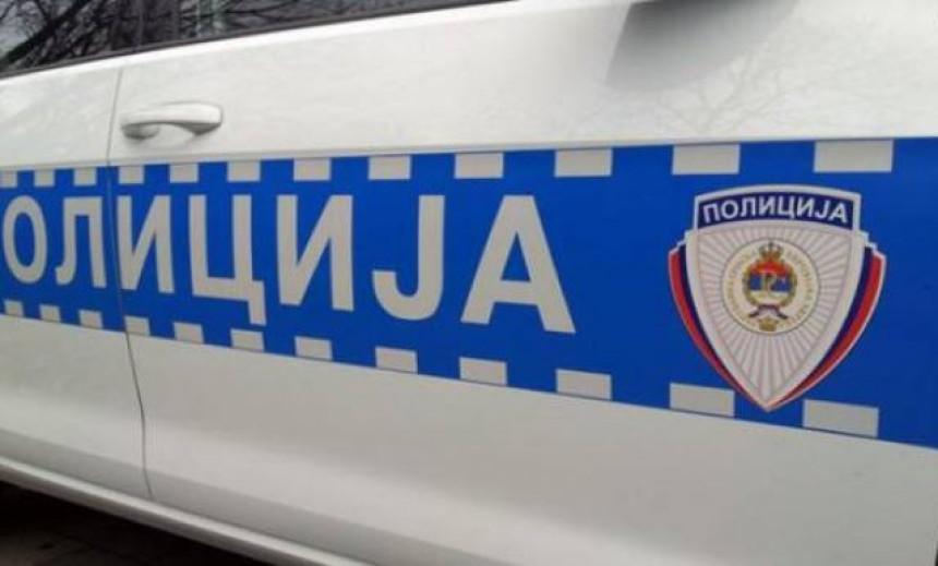 Uhapšeno lice zbog repetiranja puške na balkonu
