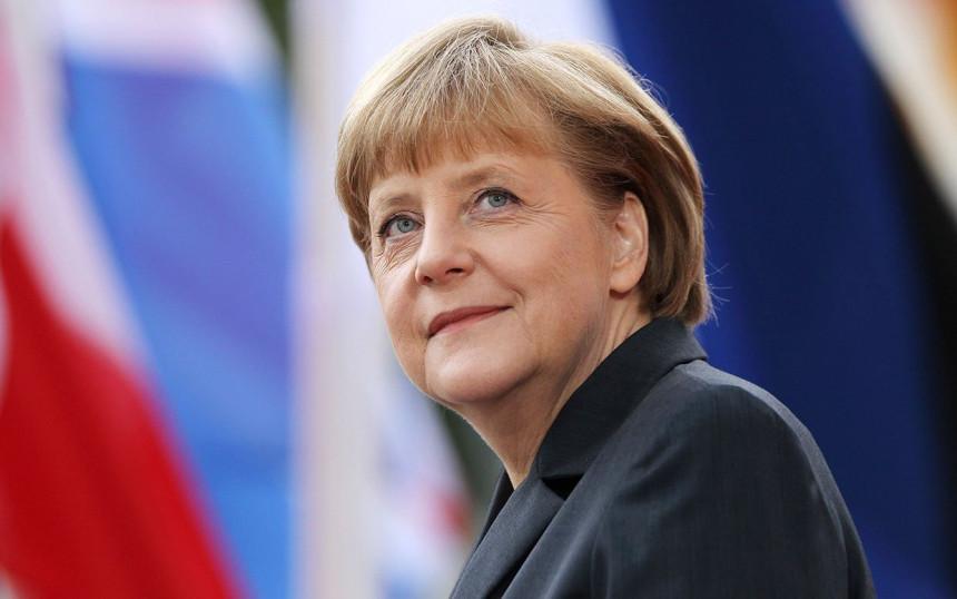 """Forbs"": Merkel najmoćnija žena"