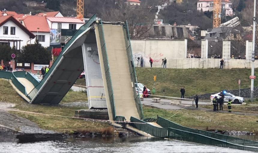 U Pragu četiri osobe povrijeđene