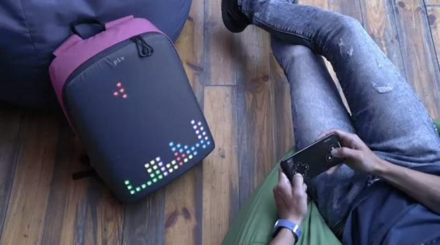 """Stiže polako i pametni ranac sa """"Tetrisom""""!"""