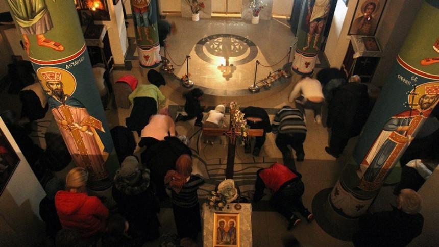 Čudo: Proplakale ikone u manastiru