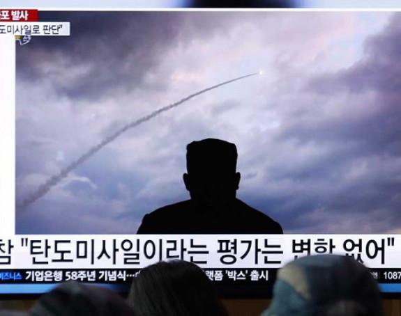 Zadovoljno gledao testiranje raketa