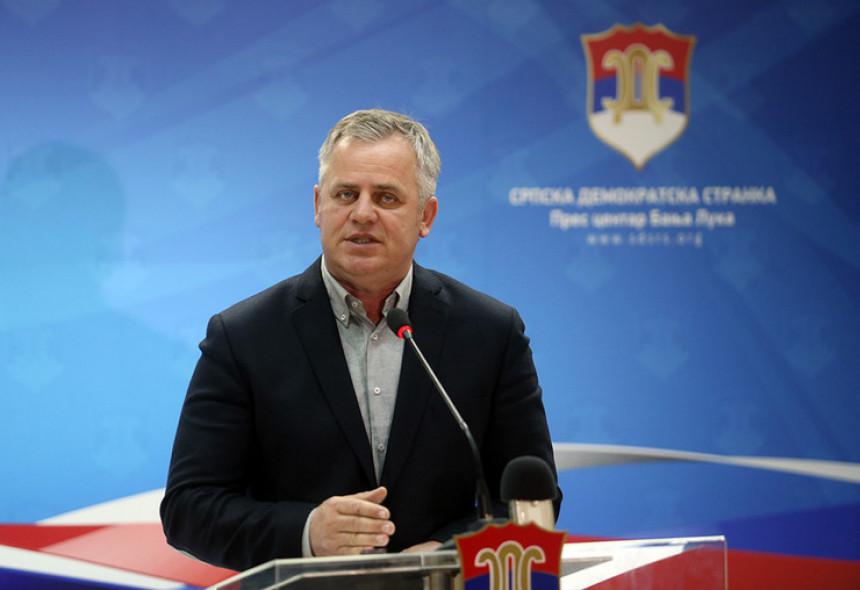 Stanić kritikuje: Dodik kukavica, najave blefiranje