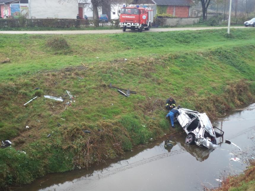 Nesreća kod Srpca: Dva lica teško povrijeđena