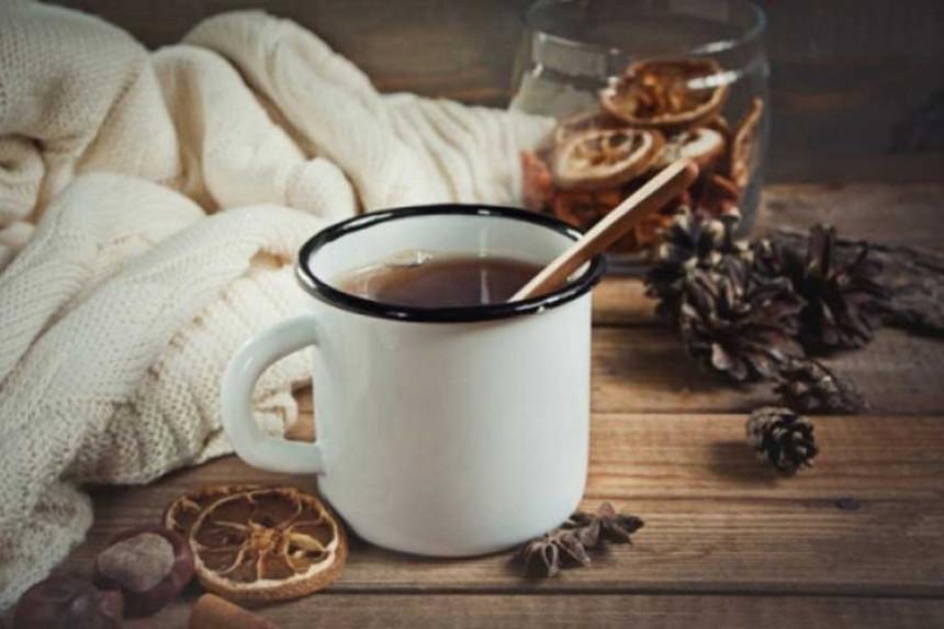 Kuvana rakija: Čaj koji sve liječi!