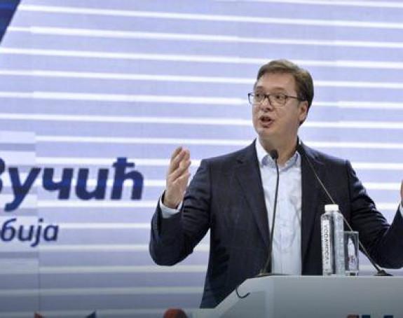 Vučić: Stabilnost, veće plate i penzije