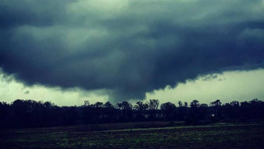 Snažan tornado pogodio Alabamu
