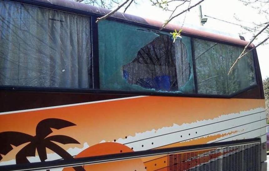 Kamenovan autobus koji je vozio SNS