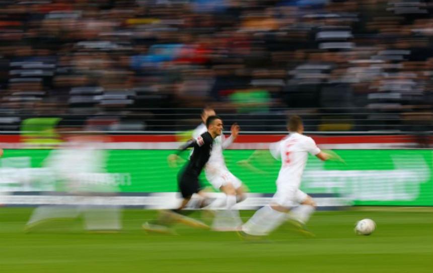 Filip Kostić u konkurenciji za tim godine Bundeslige!