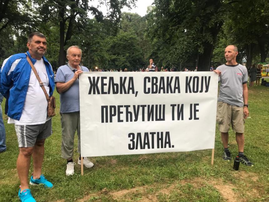 Protest: Narode, pokreni se!