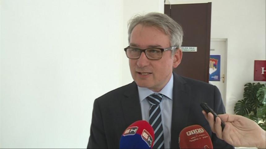 Bosić: Ustavni sud BiH da promijeni odluku
