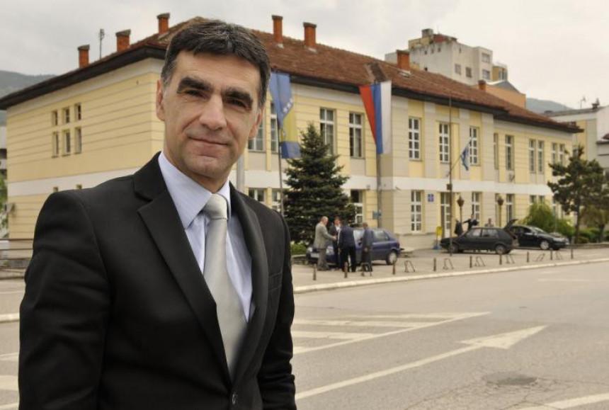 Zdravko Krsmanović objavio kandidaturu