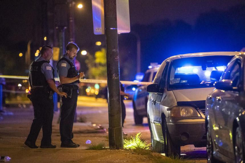 U Čikagu 16 ljudi povrijeđeno