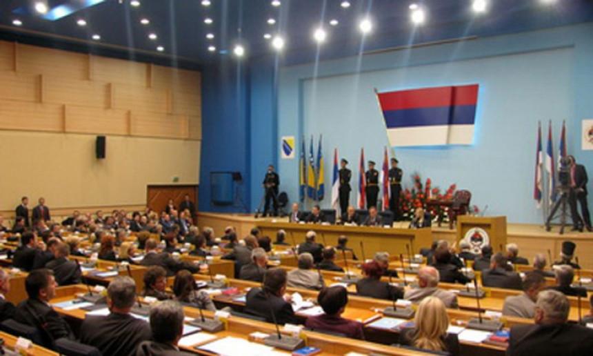 Referendum: Vlast povlači odluku