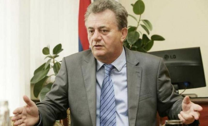 Dekan Pravnog tužio Univerzitet zbog izbora
