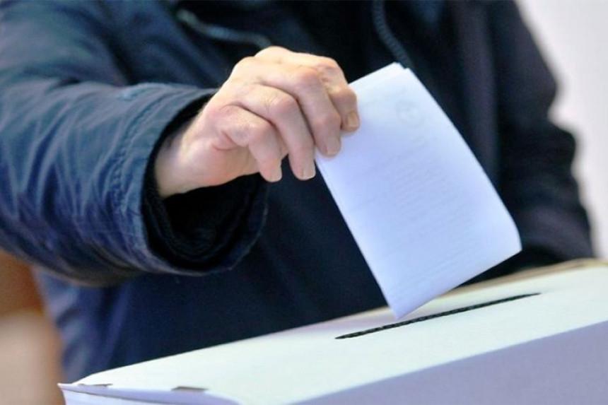 Na sjeveru KiM do 15 sati glasalo 37 odsto birača