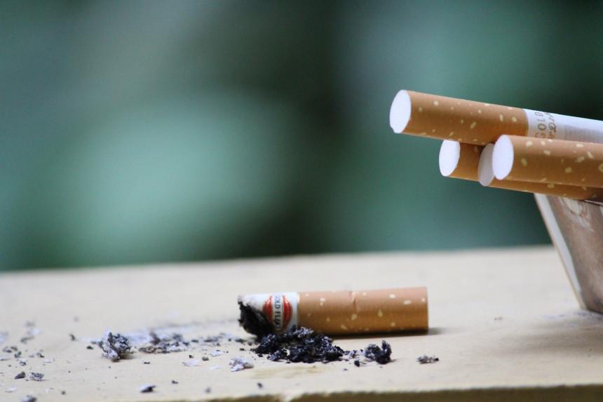 Havaji zabranjuju pušenje svima ispod 100 godina