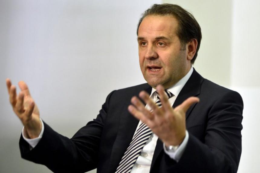 Ljajić podnio ostavku na mjesto poslanika