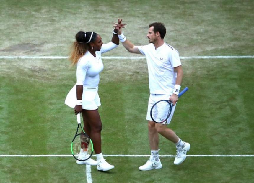 WB: Serena i Mari ispraćeni ovacijama!