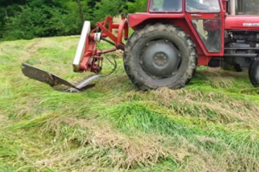 Bosanska Krupa: Kosio travu i aktivirao bombu