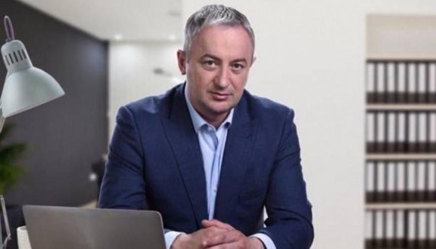 Građani BiH su taoci stranaka SDA, HDZ i SNSD