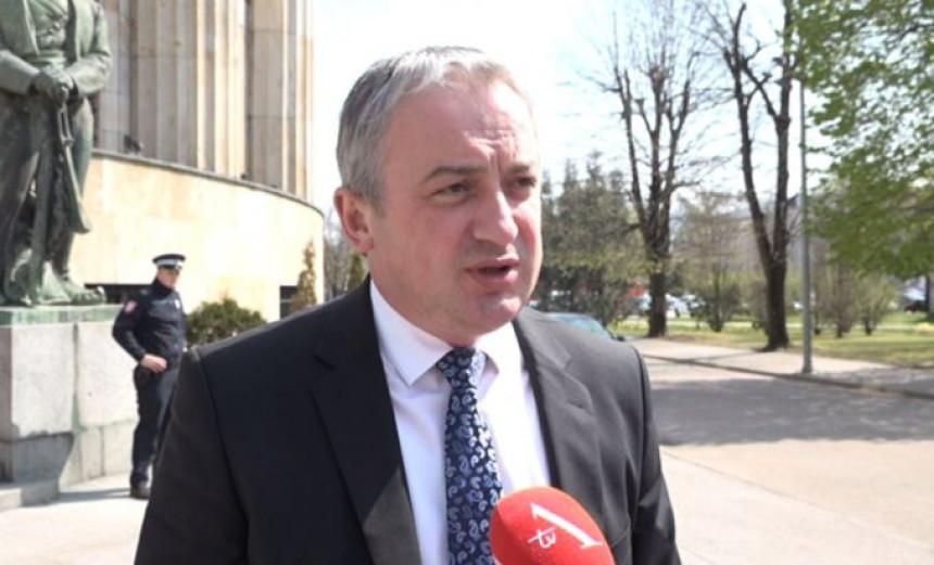 PDP: Dodik je otpočeo grub sukob s Banjalukom
