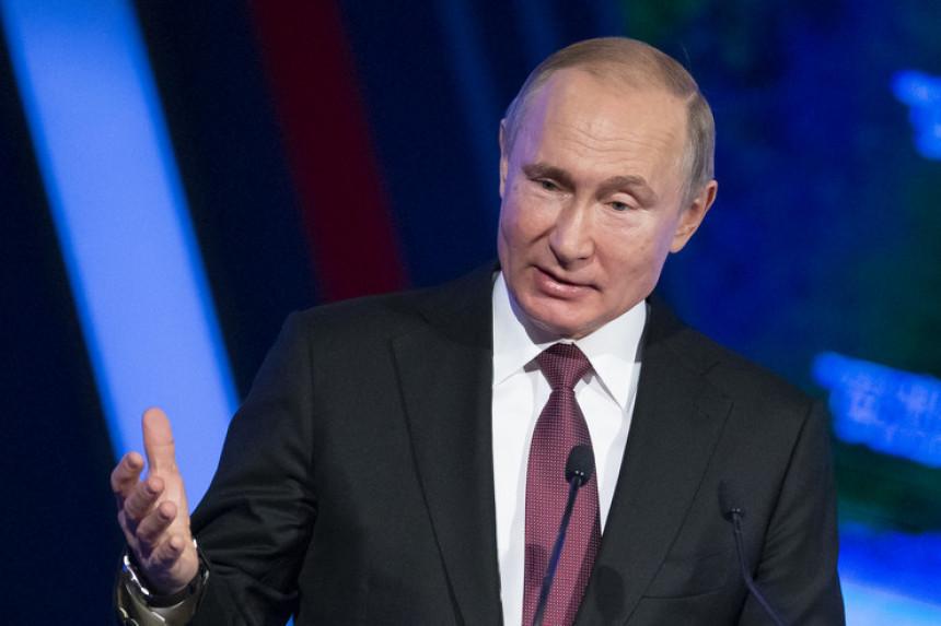 Putin smijenio devet generala