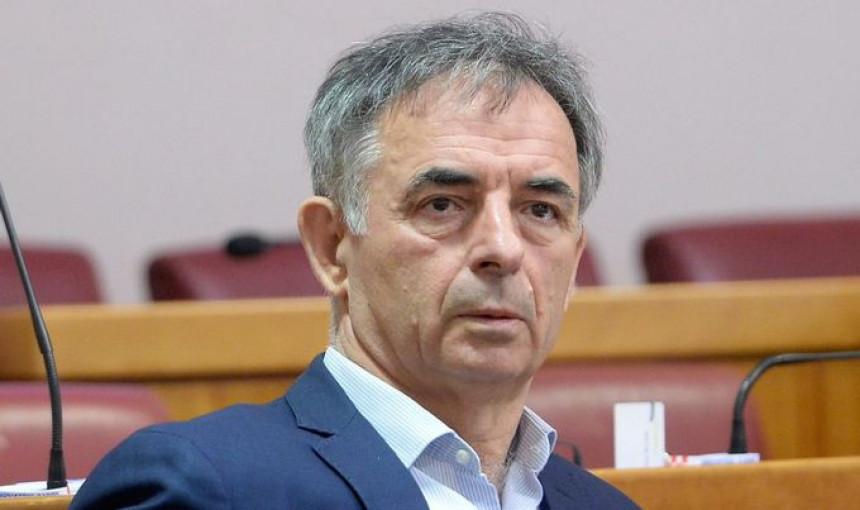 Osude Pupovca zbog izjave o sličnosti HR i NDH