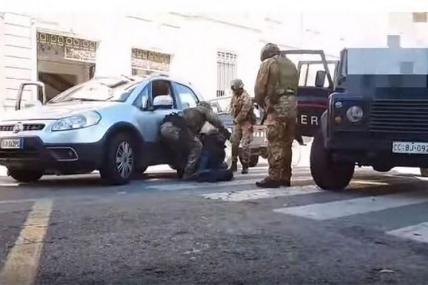Srpska porodica otela djevojku u Italiji