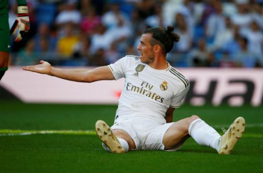 Љути Бејл жели да напусти Реал!