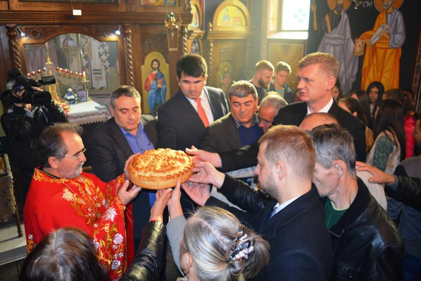 Mitrovdan svečano u Loparama