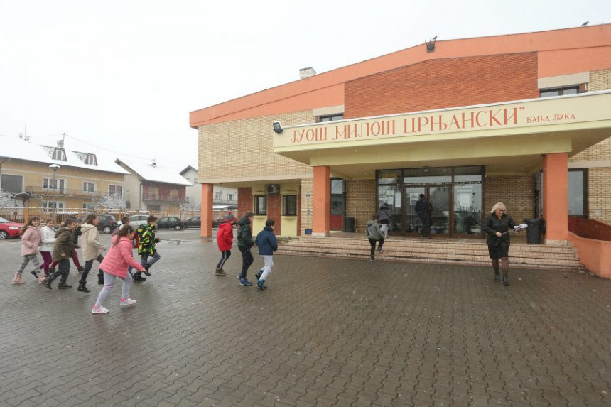 Građani traže smjenu direktora osnovne škole