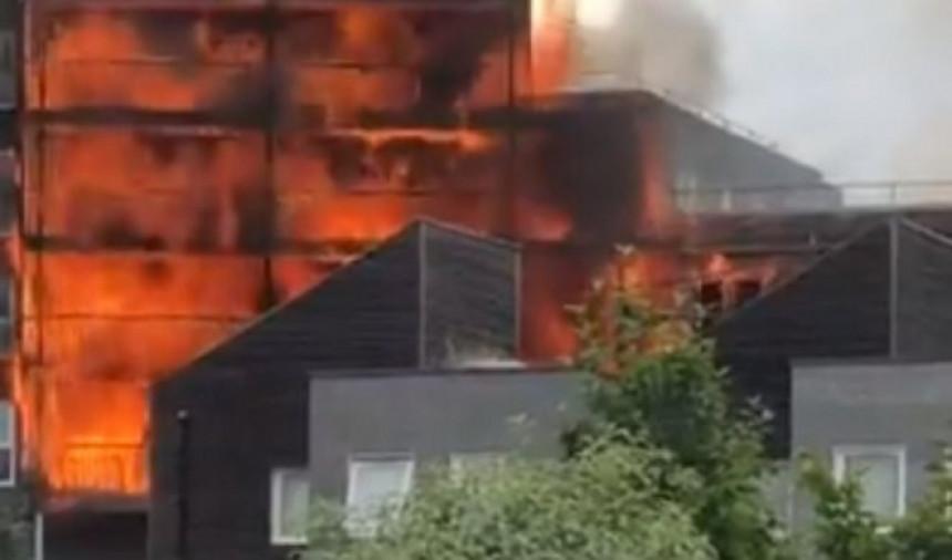 Veliki požar: Gori zgrada u Londonu