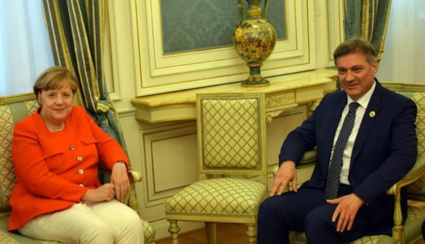 Denis Zvizdić kod Angele Merkel