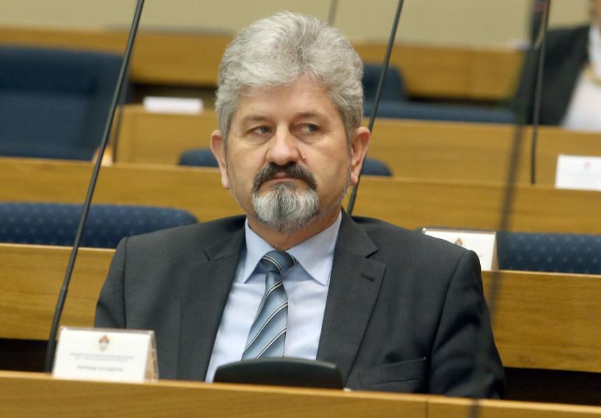 PDP: Dodik dijeli srpski narod