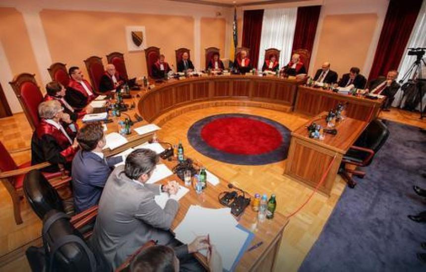 Srpska dobija bitku oko referenduma sa Ustavnim sudom BiH