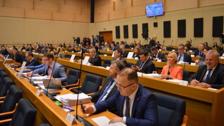 Ko je odgovoran za propast dvije banke u Srpskoj?