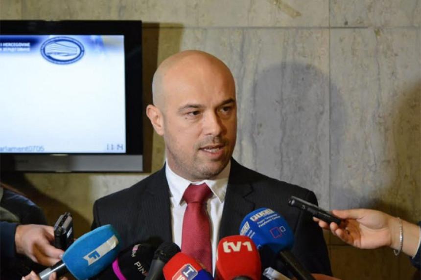 VSTS ne reaguje na Dodikovu inicijativu