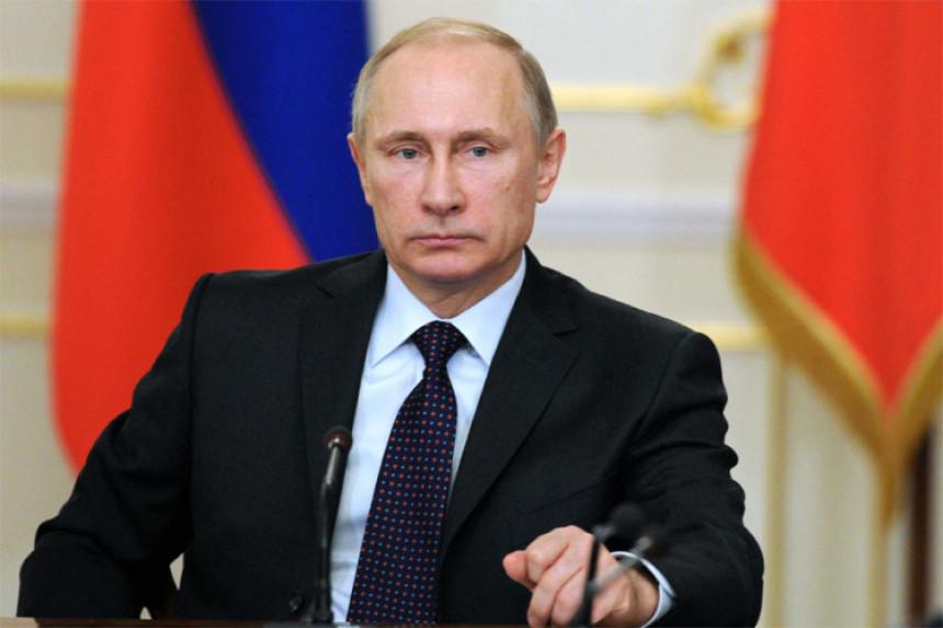 Putin: SAD žele izazvati probleme