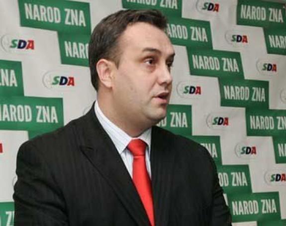 Asim Sarajlić nije više šef Kluba SDA!