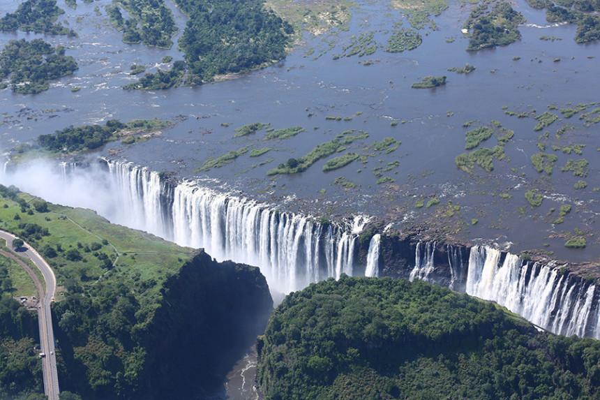 Presušili Viktorijini vodopadi zbog suše