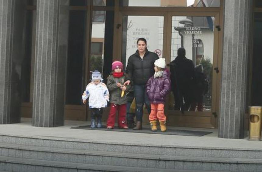 Vlast Srpske diskriminiše djecu