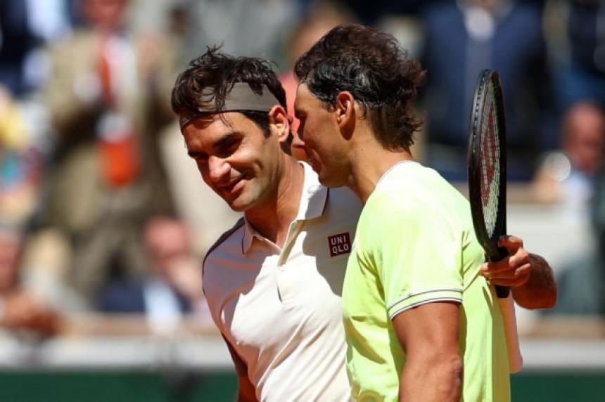 Nadal otkrio šta je rekao Federeru na mreži...
